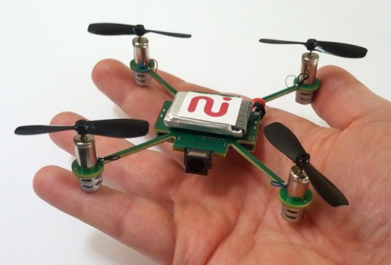 MeCam-a-self-video-copter-to-pointandshoot